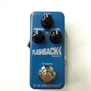FLASHBACK 01